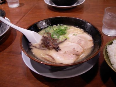 090406_fukuoka_ramen.jpg