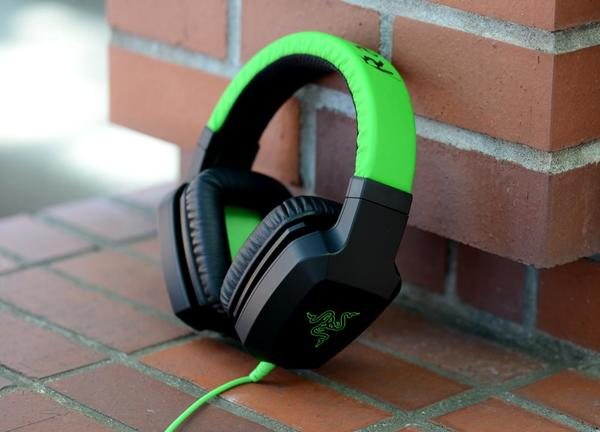 razer-electra-review-headphones-angle.jpg